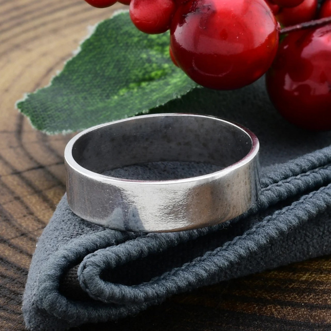 Серебряное Обручальное кольцо Американка вес 3.12 г размер 17.5