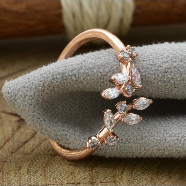 Кольцо Xuping 14406 ширина 10 мм белые фианиты позолота РО