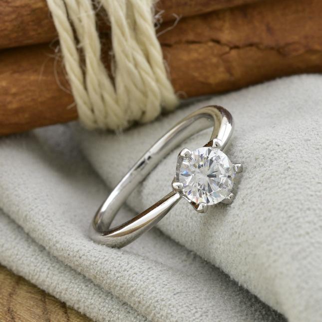 Кольцо Xuping 14466 ширина 7 мм белые фианиты позолота БЗ