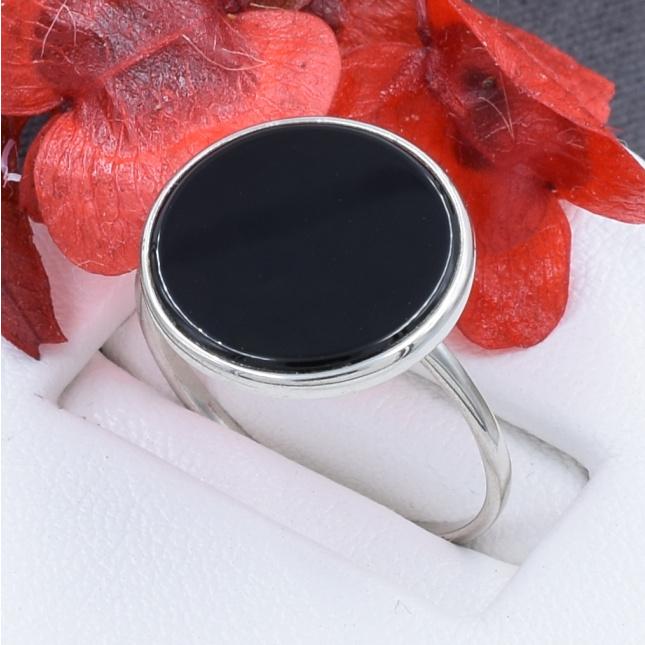 Кольцо серебряное женское БС1414 размер 18 вставка белые фианиты вес 2.5 г