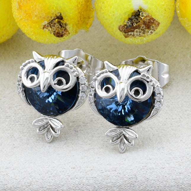 Сережки Xuping з кристалами Swarovski 27278 розмір 14х11 мм вага 2.7 г колір синій позолота Біле Золото
